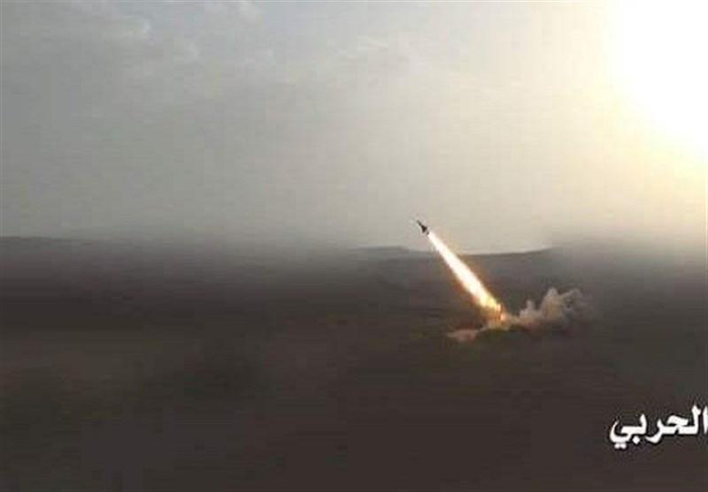 یمن، شلیک 3 موشک زلزال 1 به مواضع مزدوران عربستان در عسیر