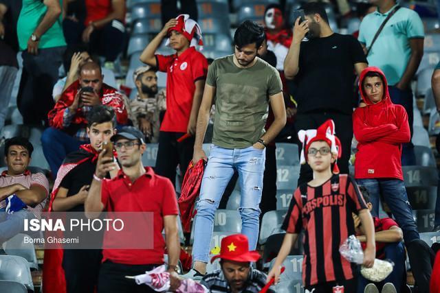 ایرانی ها هنگام تماشای فوتبال فریاد نمی زنند!