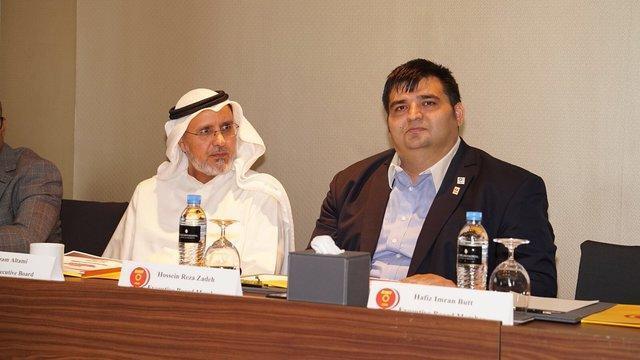 حضور حسین رضازاده در جلسه کنفدراسیون وزنه برداری آسیا، ارائه گزارش از بازی های آسیایی2018