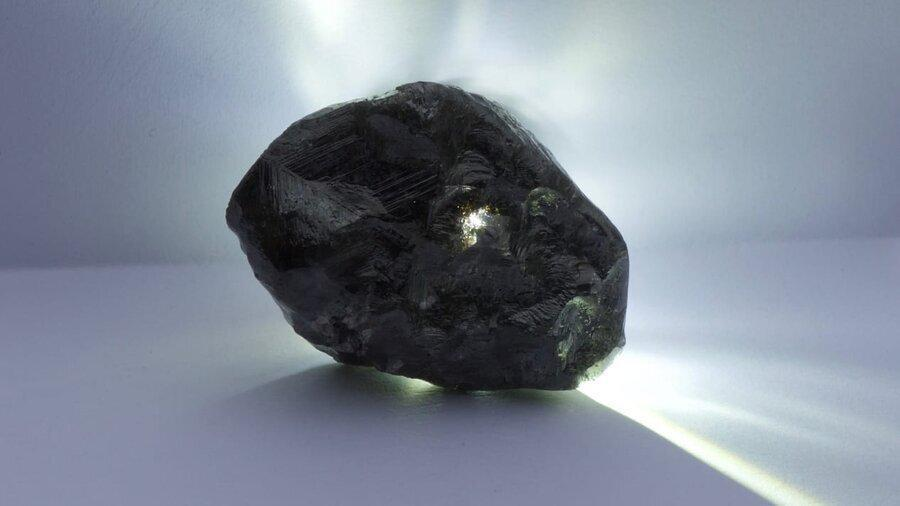 دومین الماس بزرگ جهان به برند مطرح جهان رسید ، بزرگ ترین الماس متعلق به کیست؟