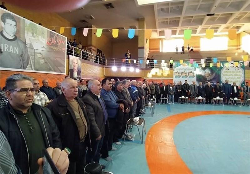 برگزاری مراسم سالگرد برادران پورزند با حضور مسئولان کشتی و مربی پرسپولیس
