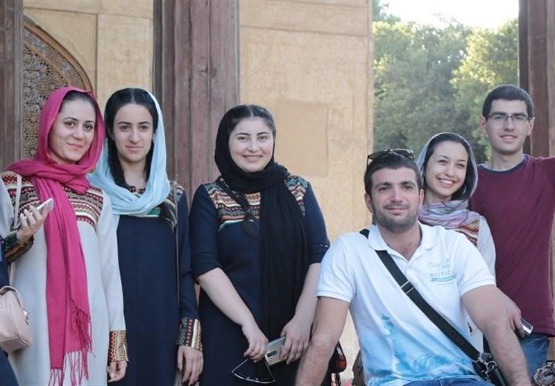 تعارف ها، زیباترین بخش زبان فارسی است