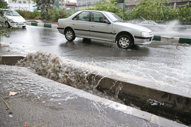 شهرداری در آماده باش ، شرایط کانال ها و مسیل های تهران در بارش های شدید