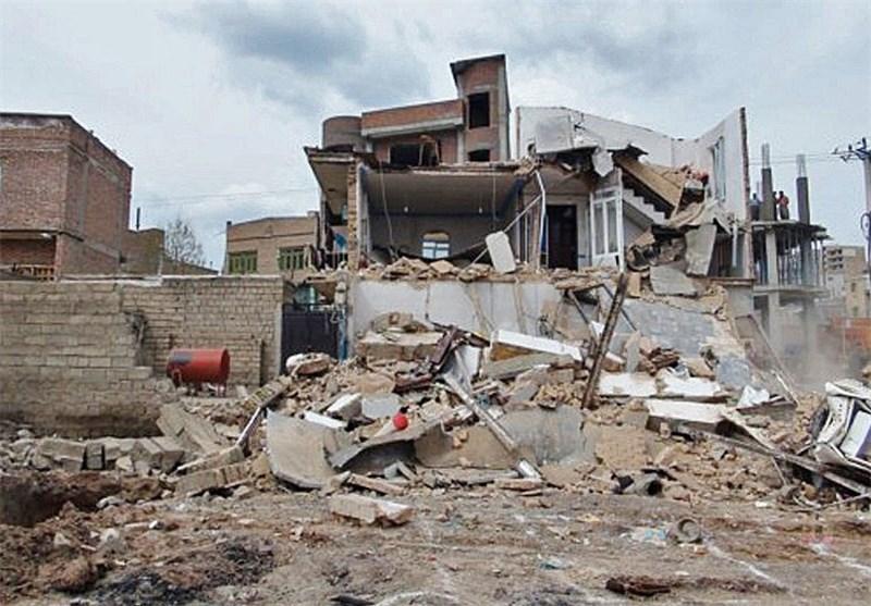 یک واحد مسکونی به دلیل گودبرداری غیر اصولی در سقز تخریب شد