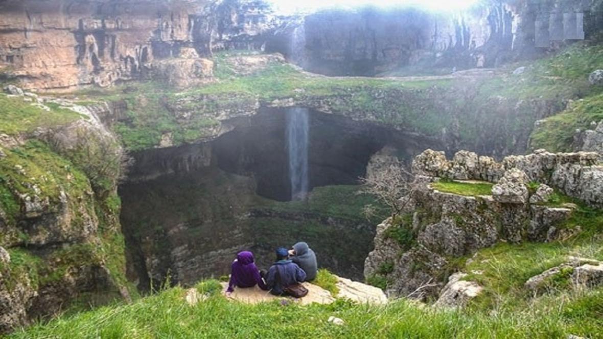 یک غار زیبا و افسانه ای در لبنان