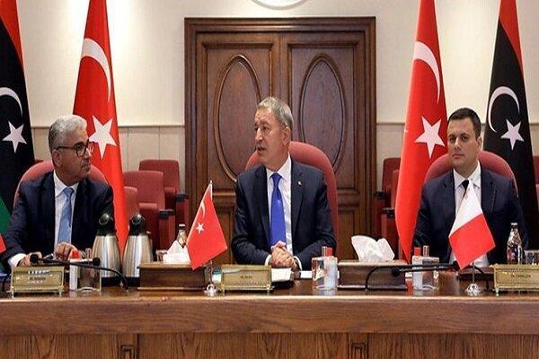 نشست وزرای دفاع ترکیه و قطر با وزیر کشور دولت وفاق ملی لیبی