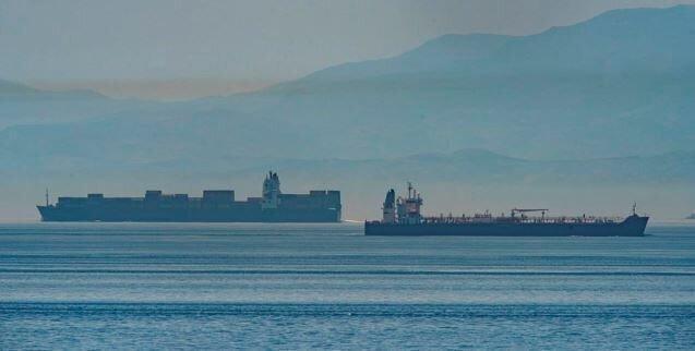 تحریم های آمریکا در دریای کاراییب دور زده شد ، مقامات ونزوئلا ورود کشتی ایران را جشن می گیرند