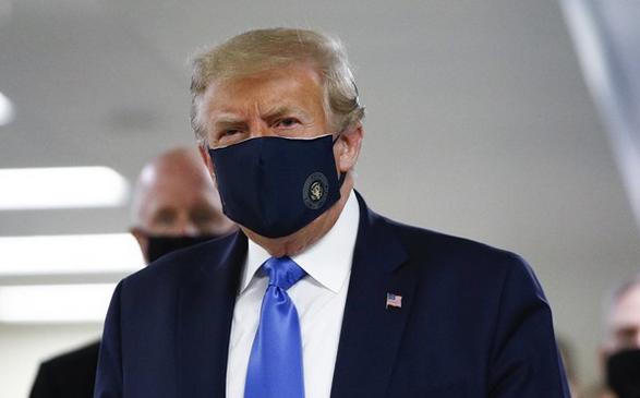 ترامپ بالاخره مجبور به استفاده از ماسک شد