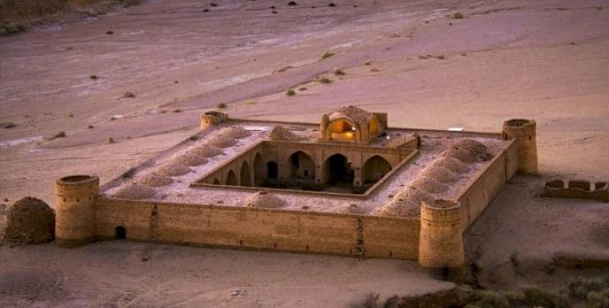 بازسازی 2 کاروانسرا در خراسان جنوبی