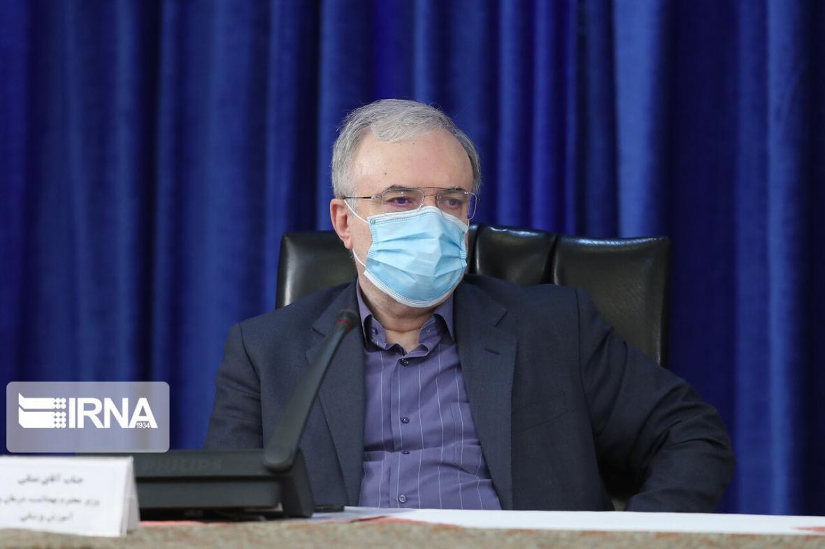 خبرنگاران وزیر بهداشت: اهل ترک کردن صحنه نیستم