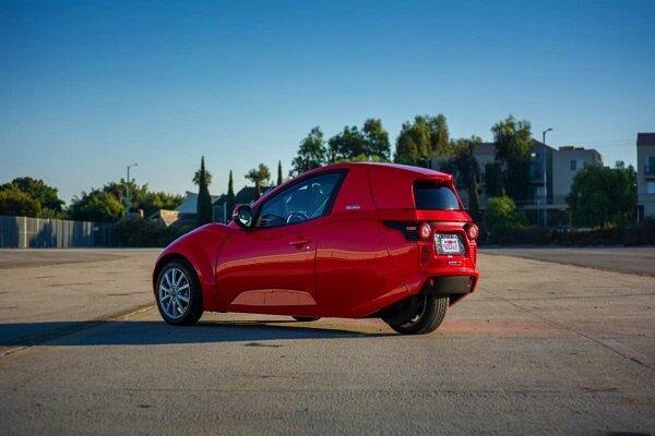 خودروی برقی سه چرخ خاص محیط های شلوغ شهری