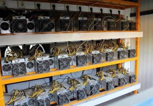 خبرنگاران با کشف 22 هزار دستگاه ماینر، 44 مگاوات از بار برق استان تهران کاسته شد