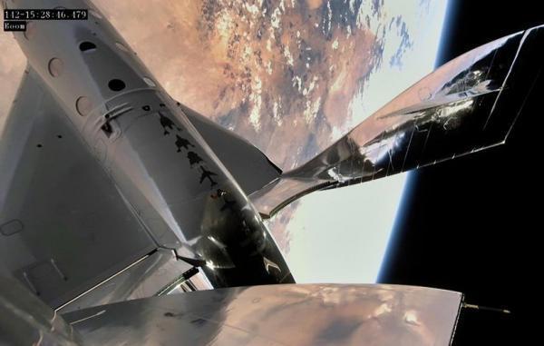ویرجین گلکتیک نخستین پرواز انسان به فضا از نیومکزیکو را انجام داد