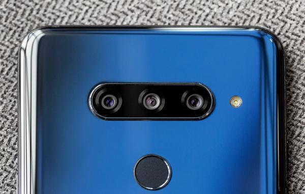 آیا می دانستید؛ LG V40 دوران دوربین های سه گانه را آغاز کرد